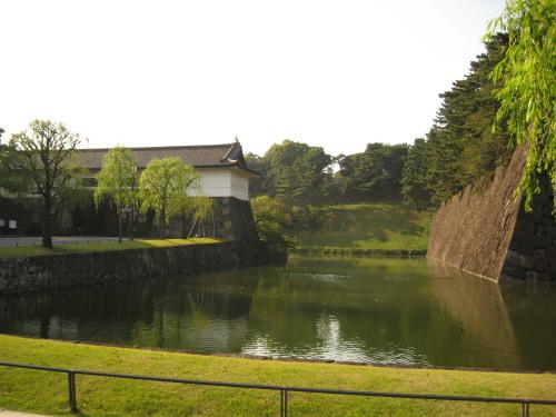 Sakuradamon_091104_2