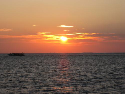 Sunset_100307_1